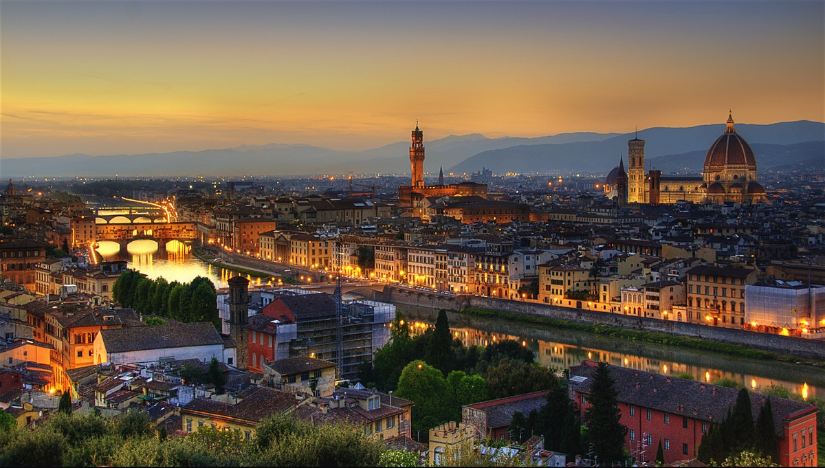 Firenze at Night