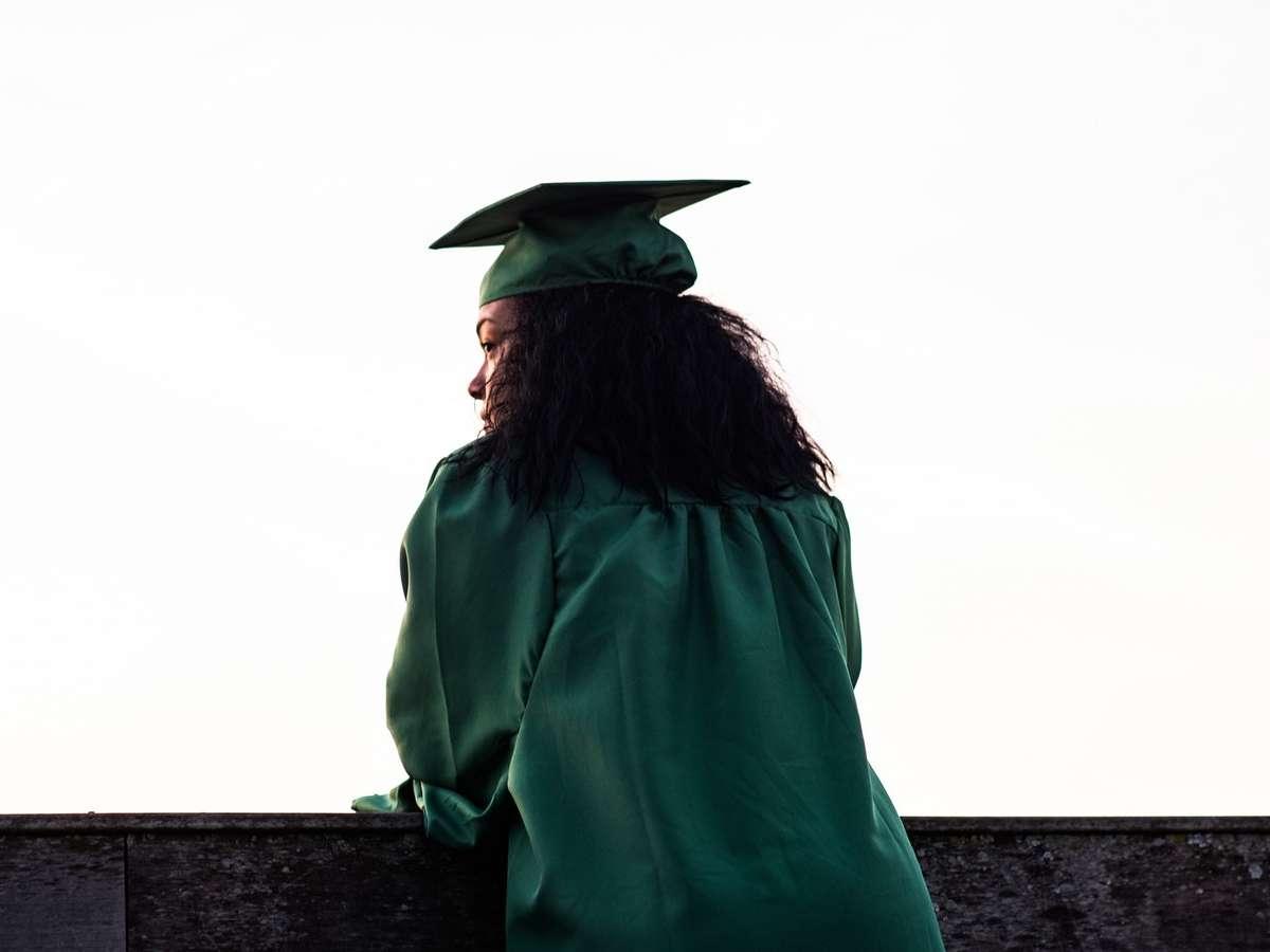 graduating student in toga