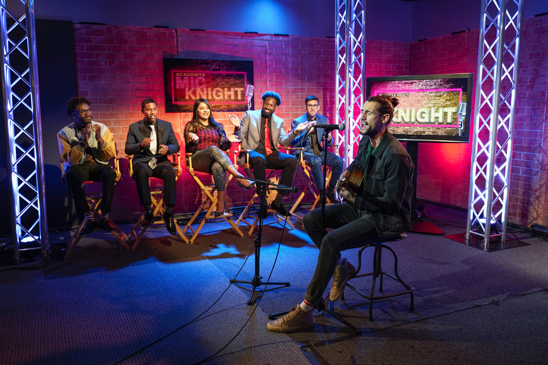 Entertainment Arts - School of Communications students at Mic Knight