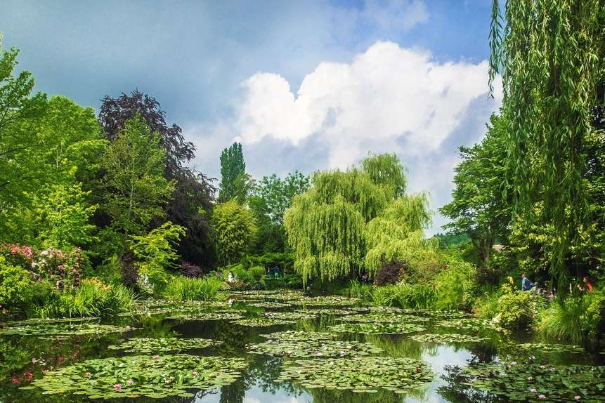 7 Garden Wonders_Monet's Garden- Nadrog : Pixabay